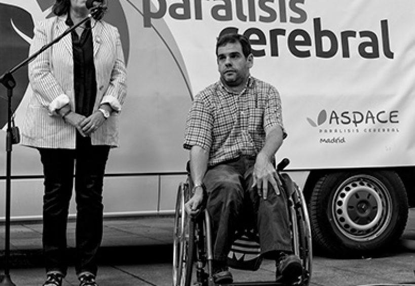 Apace Burgos colabora con exposición de fotografía «Dale la Vuelta»